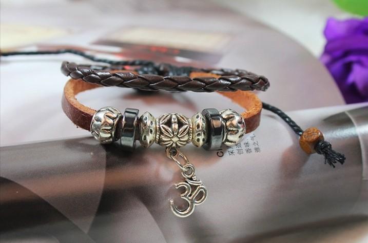 Bracelet Jewelry show